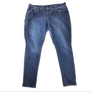 Torrid jeans 16 slim straight medium wash pants